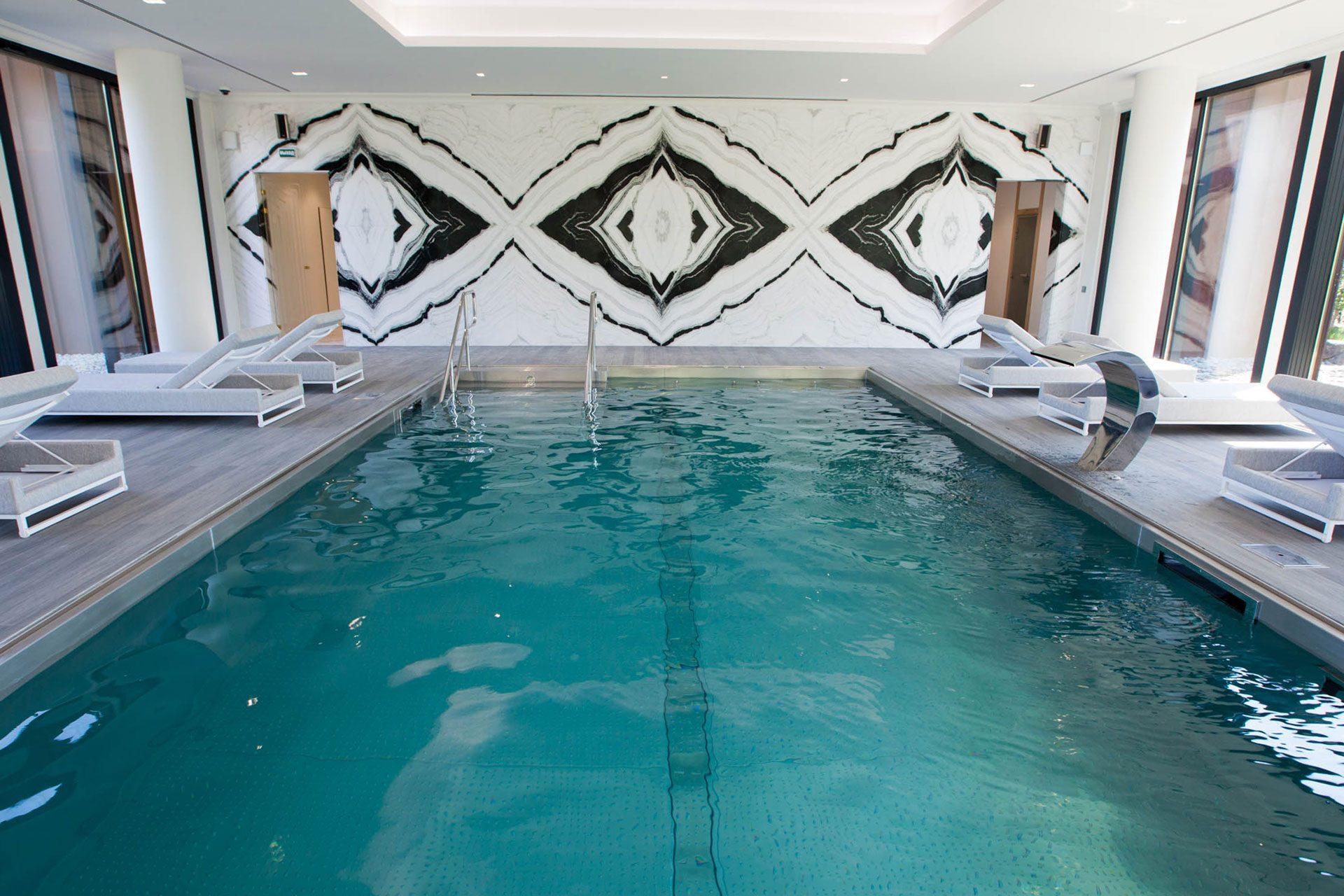 MRIYA Resort & SPA - Бассейн из нержавеющей стали в отеле Крыма Allpools