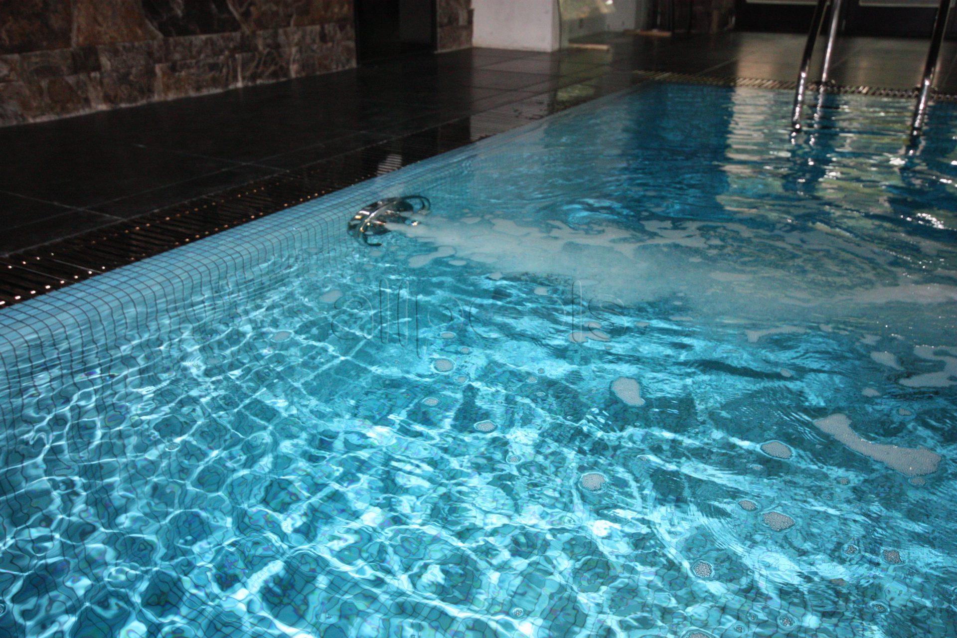Гидромассаж в частном бассейне Allpools